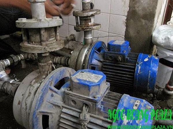 Sửa chữa máy bơm nước tại nhà bình dương